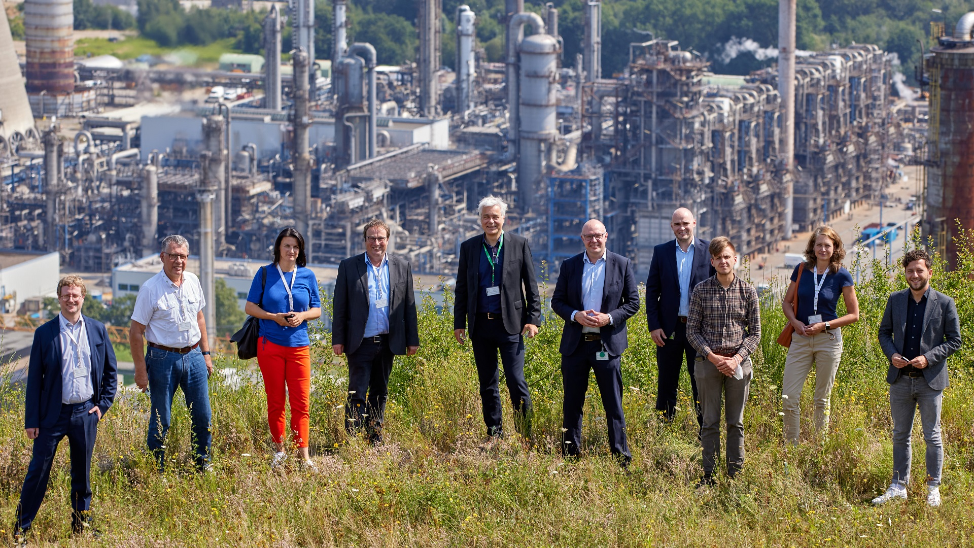Grüne informieren sich über Klimaschutz-Pläne von bp